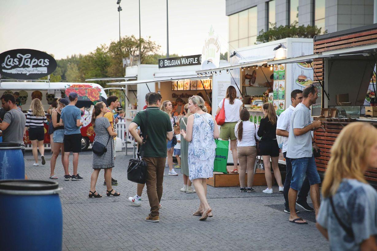 SlovakFoodTruckFest │ Bratislava NO.2 - 30.9. - 3.10.2021, od 10:00 do 22:00 na Hviezdoslavovom námestí